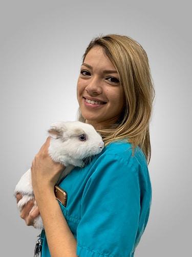 Assistante vétérinaire Elsa
